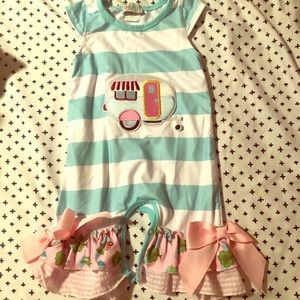 Pretty baby Romper with bows